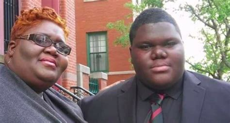 17-year-old accepted into 17 colleges after battle with