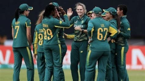 2 players and a support staff from South Africa women's