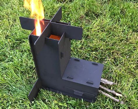 Rocket Stove *Removable top and Self Feeding