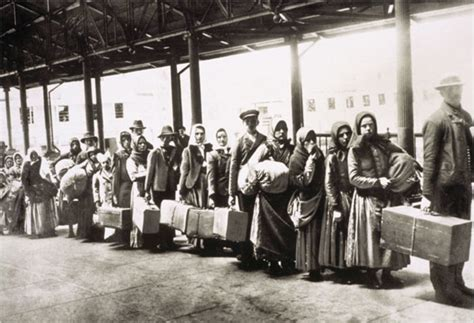 Immigration: Definition and Facts | HISTORY