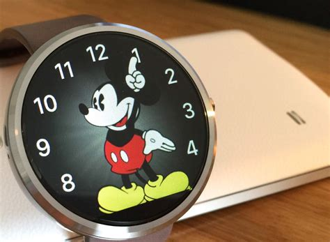 Cult of Android - Apple Watch's Mickey Mouse face turns up